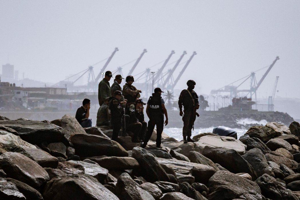 海岸的肅清圍捕一直持續到5月4日傍晚,主要的衝突位置據悉是在首都卡拉卡斯(Car...