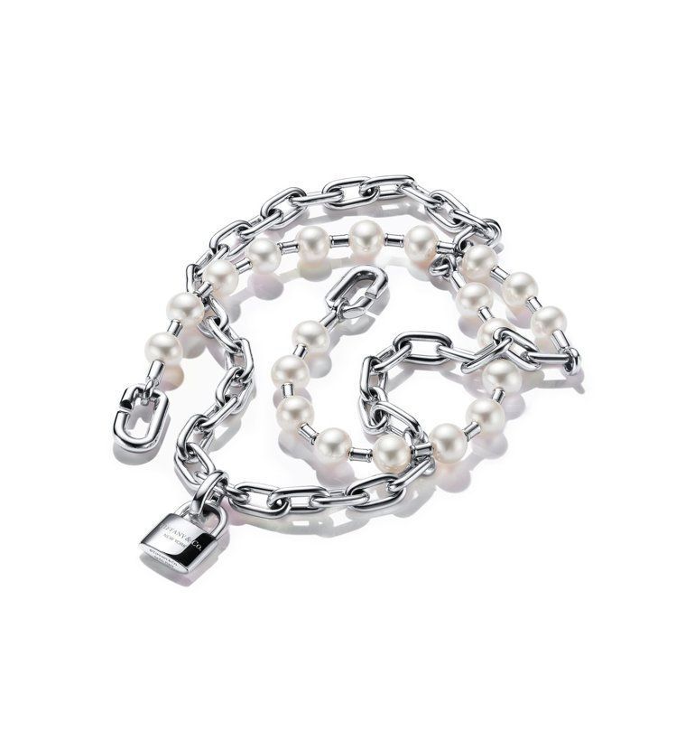 Tiffany HardWear純銀鎖扣多圈珍珠手鍊,57,000元。圖/TIF...