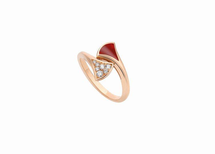 BVLGARI Divas' Dream系列玫瑰金紅玉髓鑲鑽戒指,63,400元...