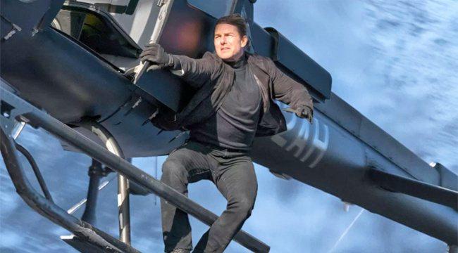 湯姆克魯斯曾為「不可能的任務」系列親身挑戰高難度特技演出。圖/摘自imdb