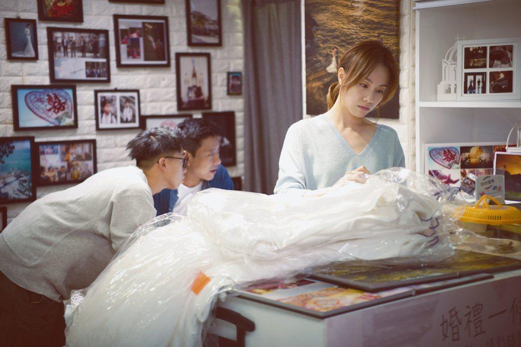 香港女星鄧麗欣是「王子」邱勝翊女友,大談感情觀,未來婚姻。圖/采昌提供