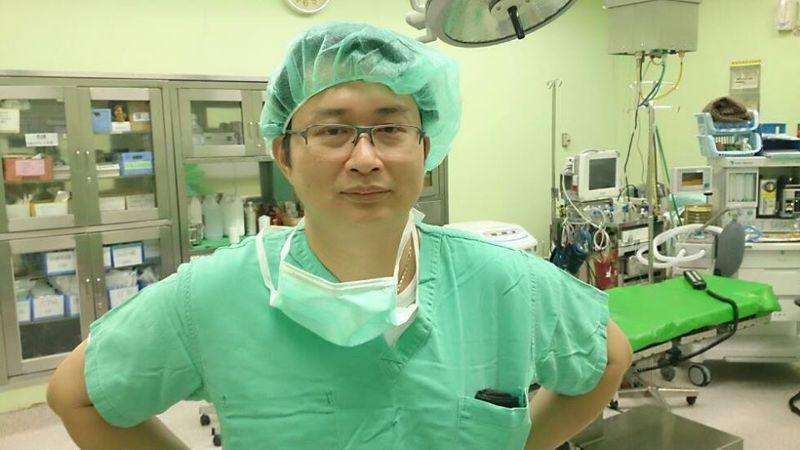 台東馬偕醫院神經外科主任陳正能說,台東機車事故比率高,傷者有時頭部無明顯外傷,仍要注意是否出現延遲性病變。圖/台東馬偕醫院提供