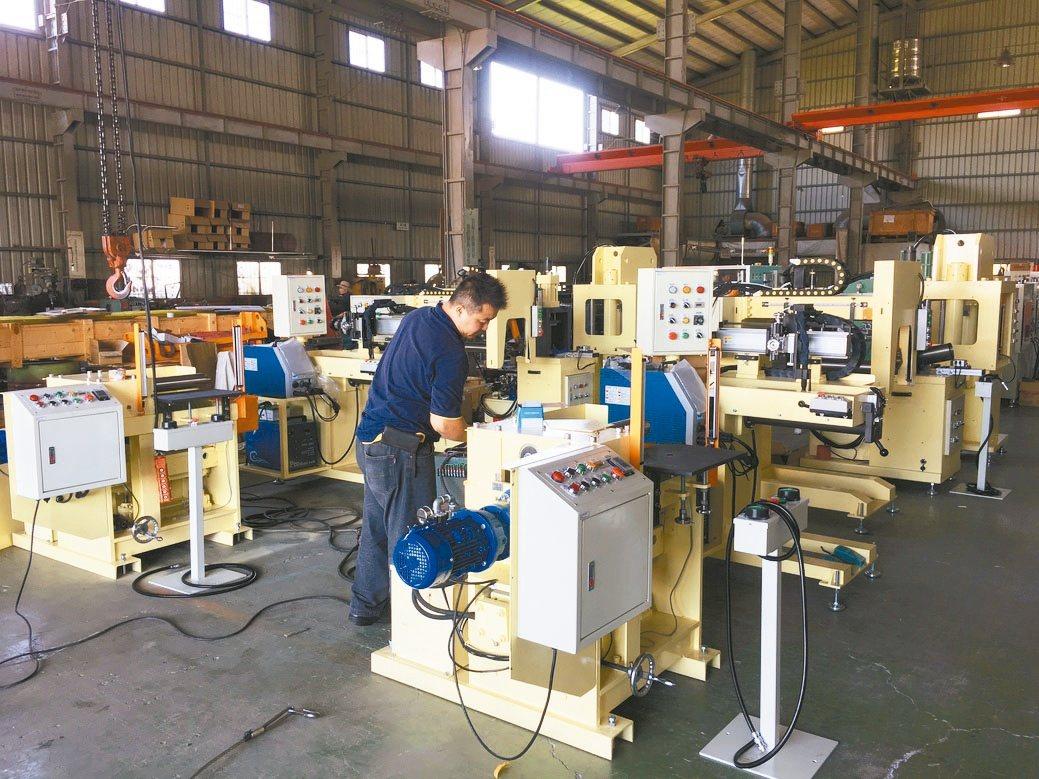 威搌(Welder-Top)將焊接機結合機械手臂,提供業界自動化整合的需求方案。...
