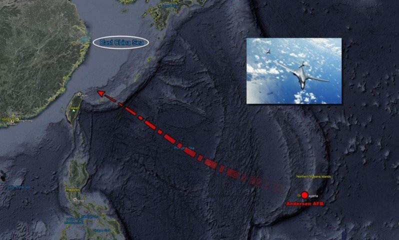 美軍二架B-1B轟炸機今日再度現蹤台灣東部外圍空域。圖/翻攝自飛機守望推特