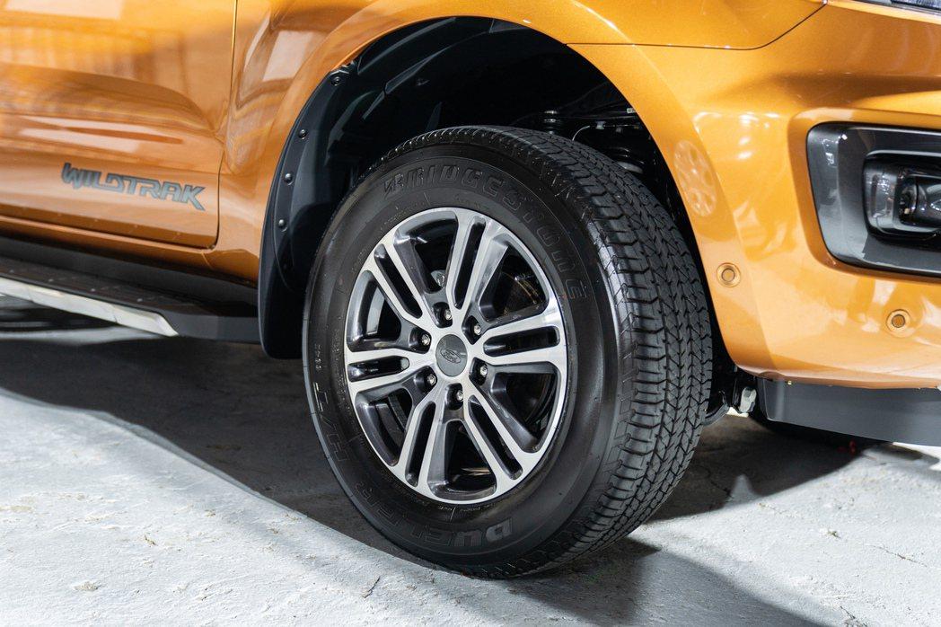 全新式樣的Wildtrak專屬18吋鋁合金輪圈。 圖/福特六和提供