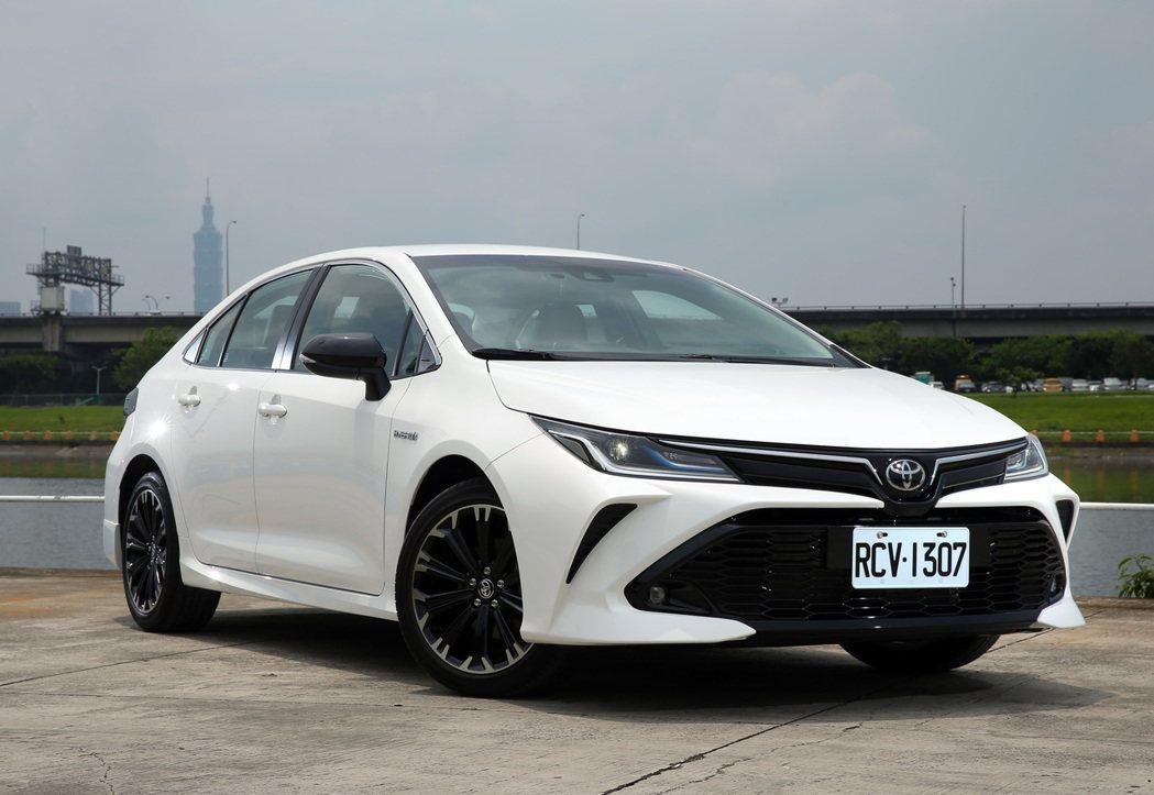 TOYOTA Corolla Altis GR Sport Hybrid。 記者...