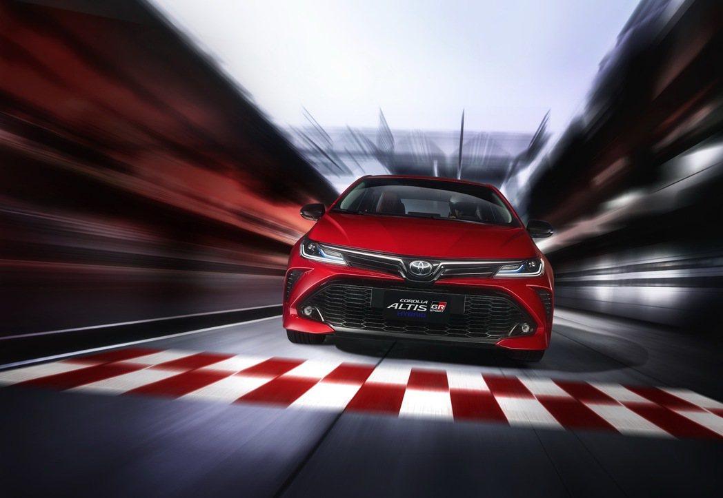 GR Sport並非強化性能而是外型及內裝有專屬運動化套件外,懸吊、底盤或配胎可...