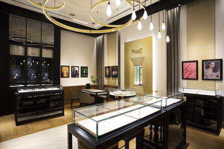 伯爵在四月人流量較少期間,針對高級珠寶與頂級客系列推出單店單一業務、一對一預約制...