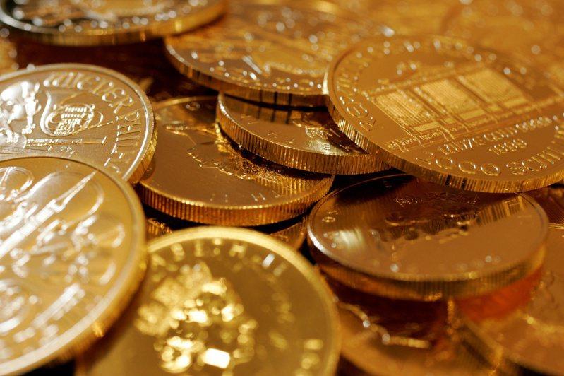 Dymon創辦人丹尼‧楊說 ,在央行無限印鈔之際,黃金成為避風港。路透