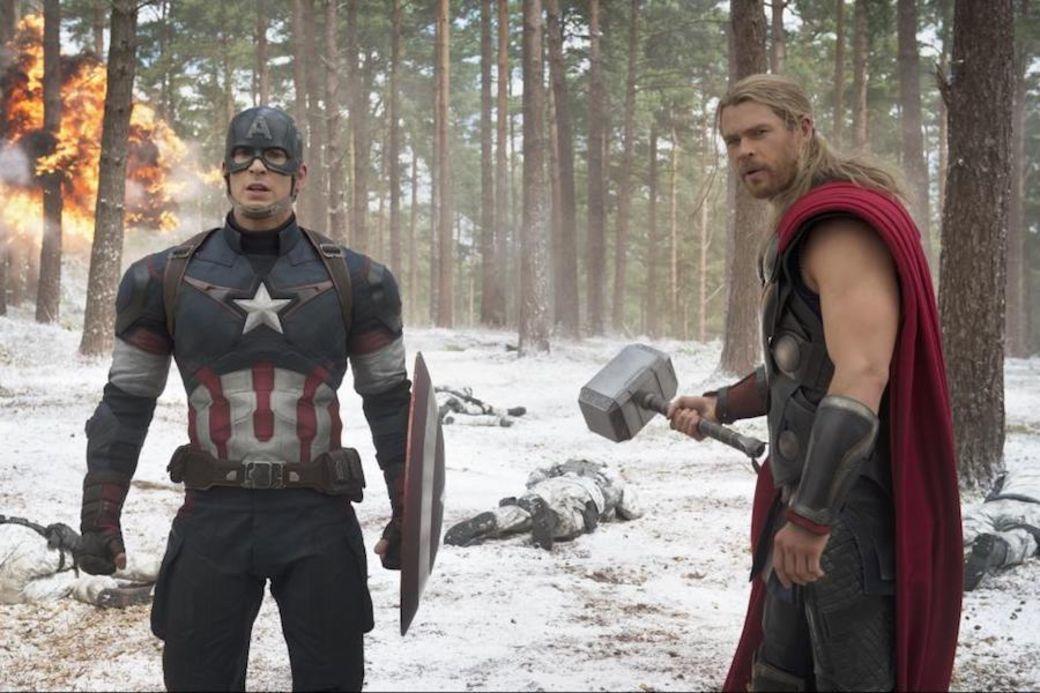 「美國隊長」(左)和「雷神索爾」在「復仇者聯盟」合作無間,戲外兩位克里斯也有兄弟...