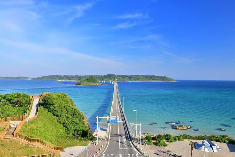 ▲日本九州自由行景點-角島大橋。(圖/Tripbaa趣吧!達人帶路)