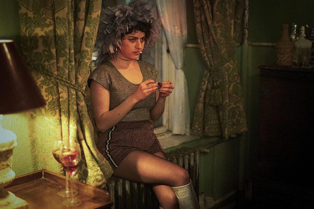 艾莉亞蕭卡特除了是藝術家,也是演員,參與過不少影視節目。圖/摘自imdb