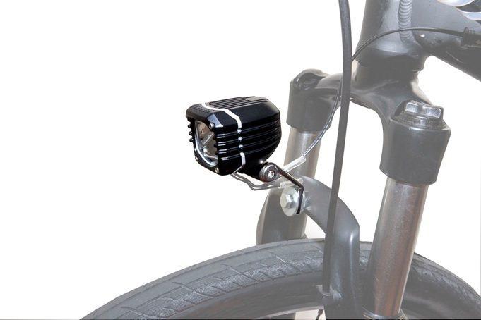 邑昇專攻歐美運動休閒市場的自行車燈。 邑昇實業/提供