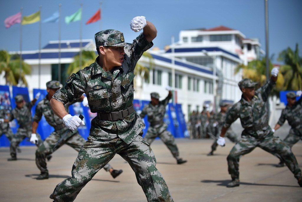 2015年7月24日中國三沙市舉行民兵會操活動。 圖/新華社