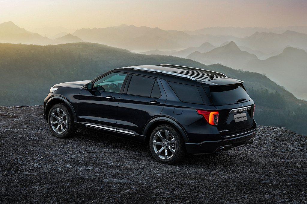 全新第六代Ford Explorer車體大量採用硼鋼、鋁合金等高強度、輕量化材質...