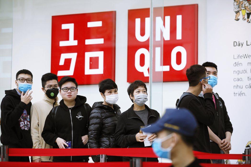 「這是人類戰後最大的危機!」另一個快時尚代表品牌——UNIQLO——的創辦人柳井...