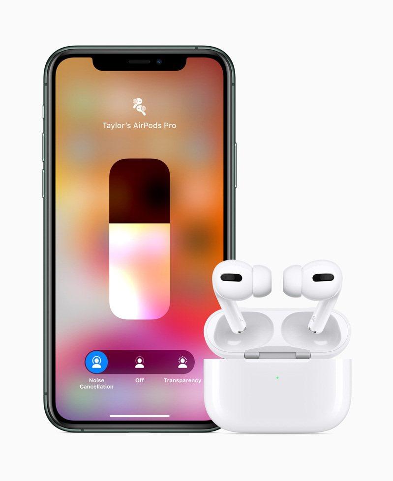 日經報導,知情人士透露,蘋果公司本季將在越南首度生產數百萬副的無線耳機AirPods。圖/本報系資料照