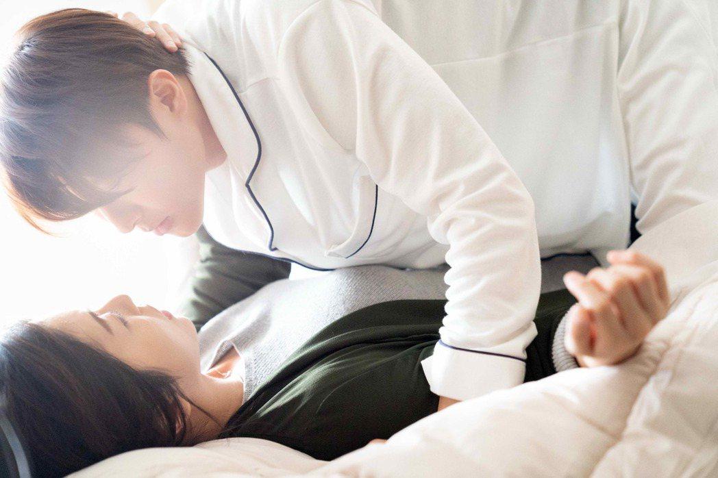 邱勝翊 任容萱「初吻」登場。圖/八大提供