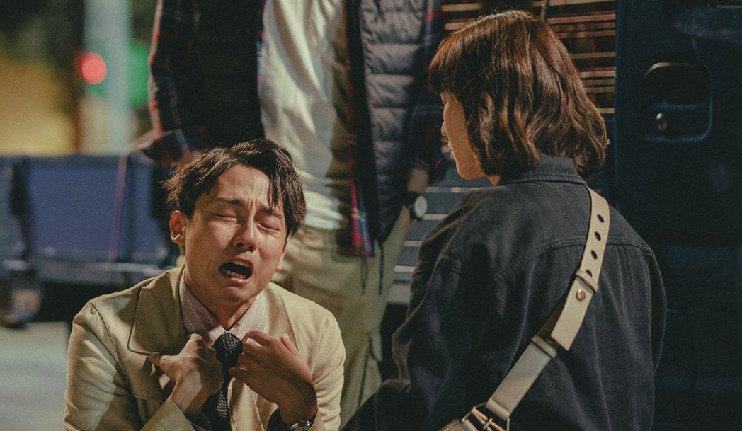 大鶴林鶴軒在「若是一個人」戲中痛哭。圖/華視提供