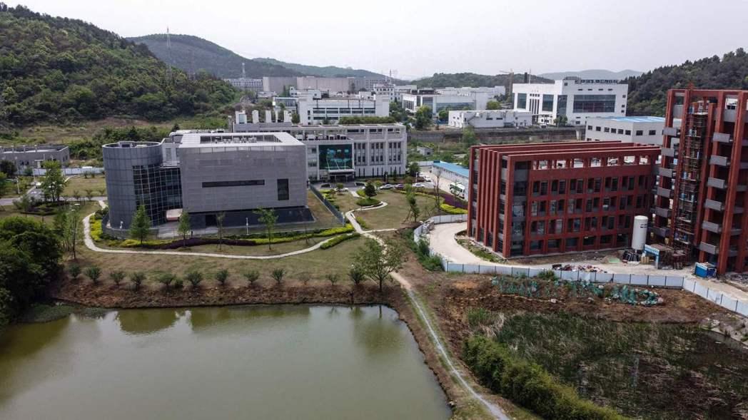 病毒研究所的P4實驗室(左)。(法新社)