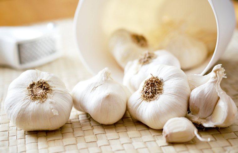 大蒜對抗感染和細菌 圖/123RF、pixabay