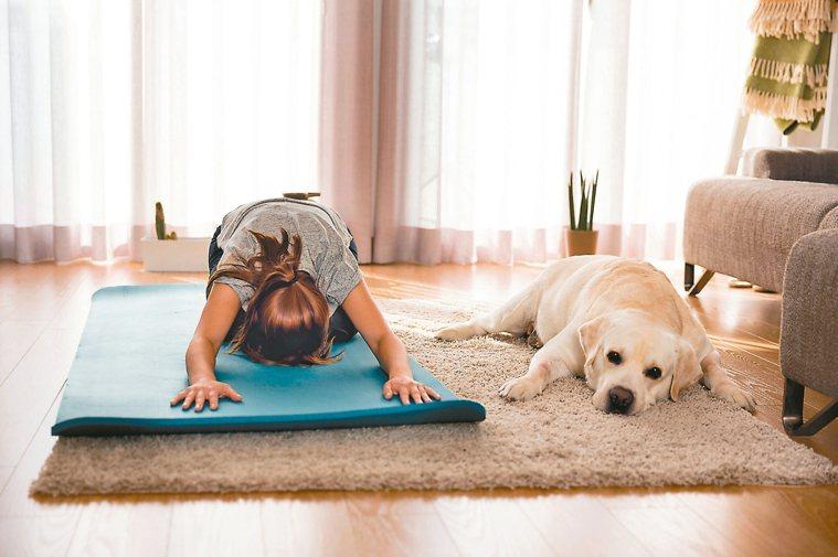 專家提醒,運動很好,但絕不能忽視鍛鍊不當可能造成的傷害,這類情況在家中特別容易發...
