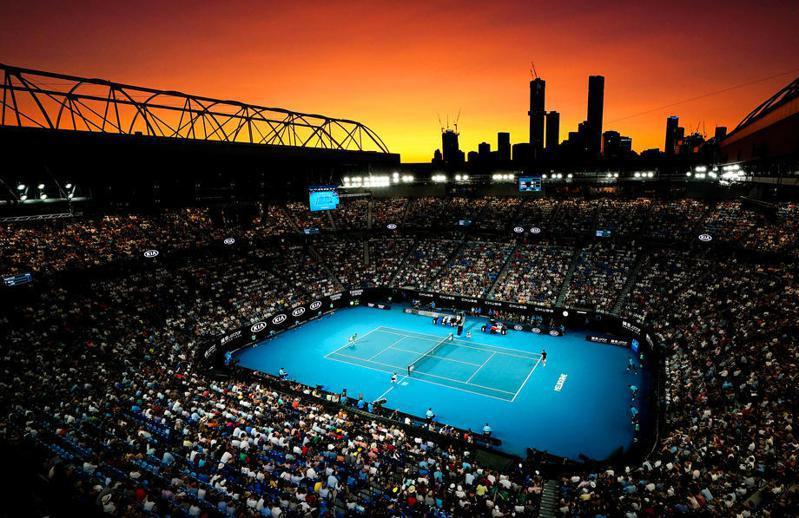 澳網一度稱明年不排除停辦,如今改口說大會有多項計畫因應疫情變化,對1月如期開賽仍保持樂觀態度。 歐新社