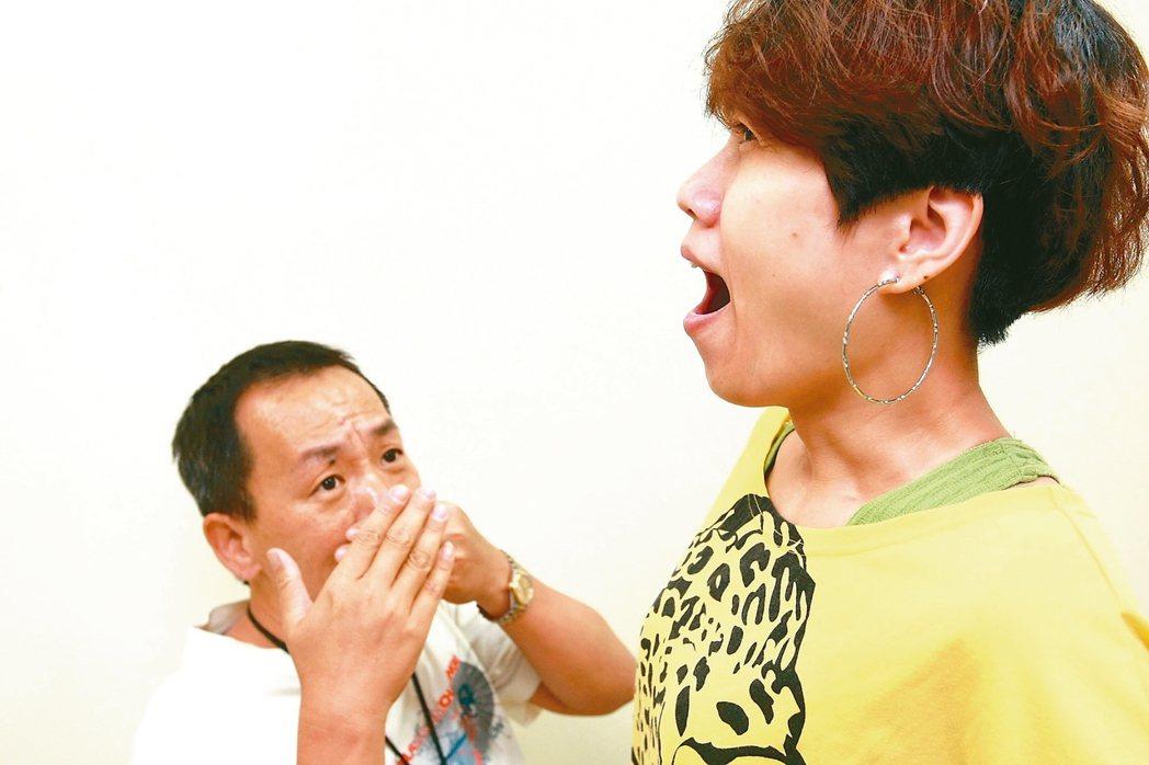 口臭問題也有可能是女性進入更年期後的賀爾蒙變化所引起。 本報資料照片