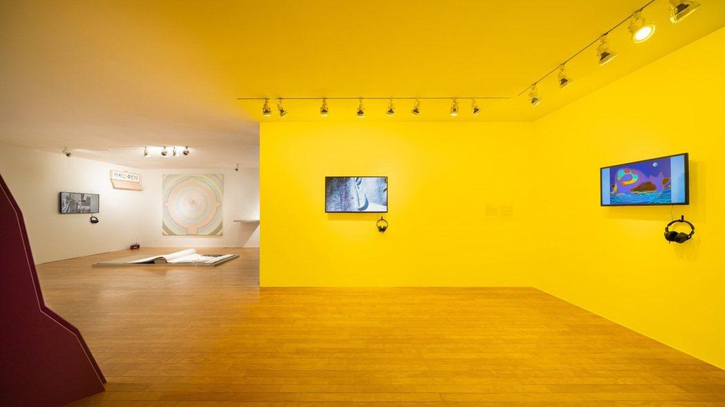 藝術空間 space illi 策展引導觀眾深入探索、思考那些「習以為常」的日常...