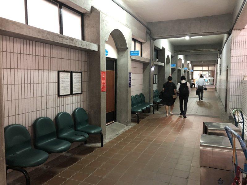 台中市鄧姓男子在前年間販售手機SIM卡給歹徒,遭台中地院判刑3月。圖/報系資料照