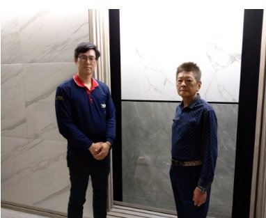 永富餘國際貿易總經理李根源(右)、經理洪家琦。 翁永全/攝影