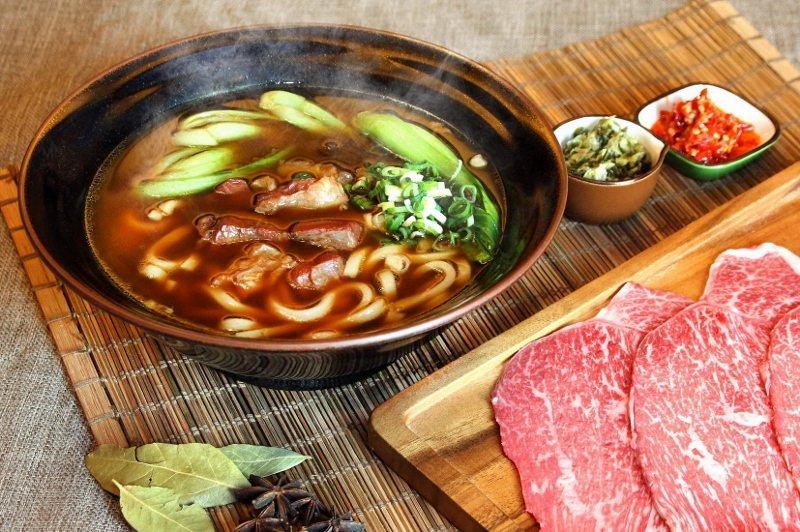 台北天成大飯店1樓百合西餐廳的和牛牛肉麵。 業者/提供