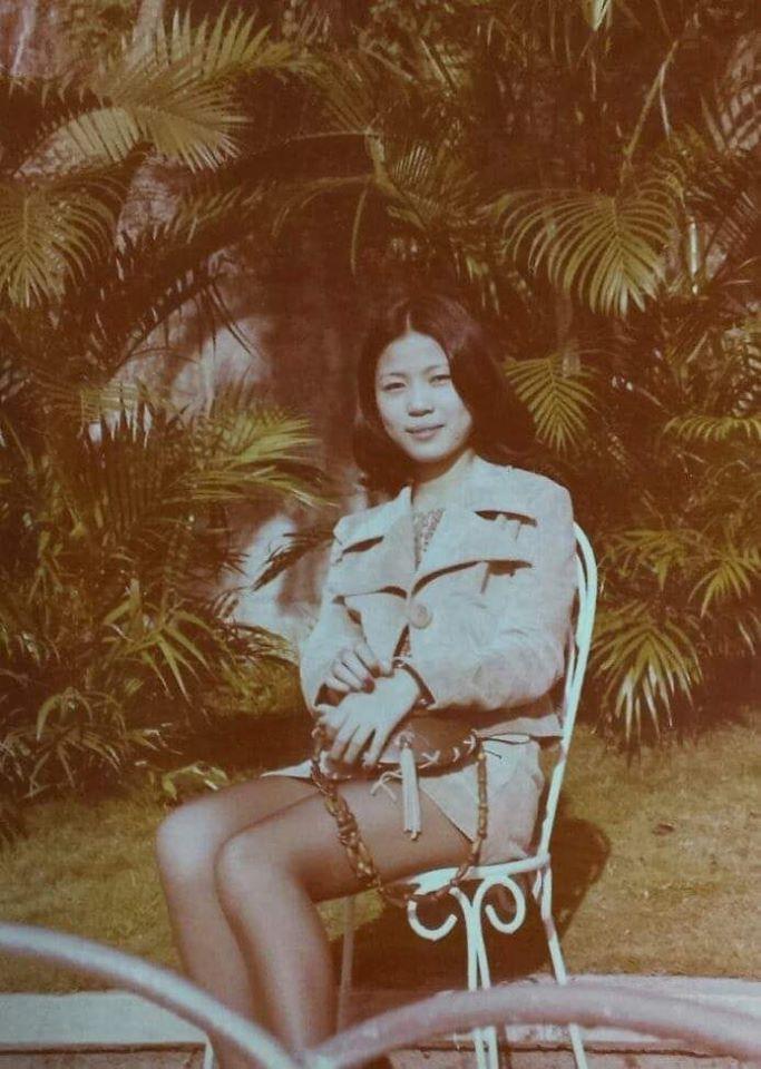 我爹娘約會時,爸拍下她的倩影,跟本人確認過那是短裙不是短褲喔!是阿母的絕對領域!...