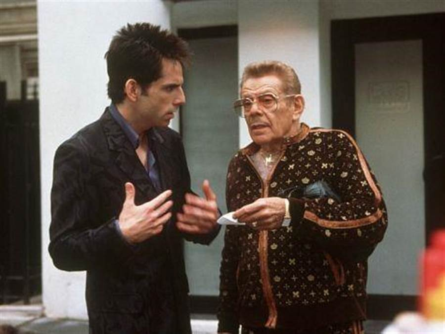 班史提勒的父親傑瑞史提勒過世,他曾與兒子一起合作過電影「名模大間諜」、「七日之癢