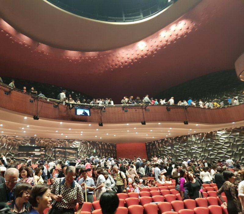 文化場館可望放寬進場百人限制,圖為台中歌劇院。記者陳宛茜/攝影