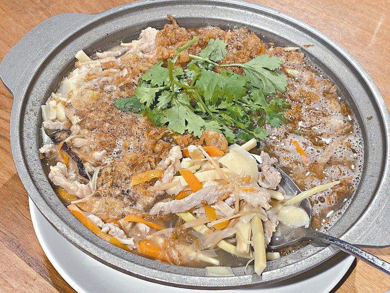 「手路菜」中餐廳的西魯肉是必點美味。 記者羅建怡/攝影