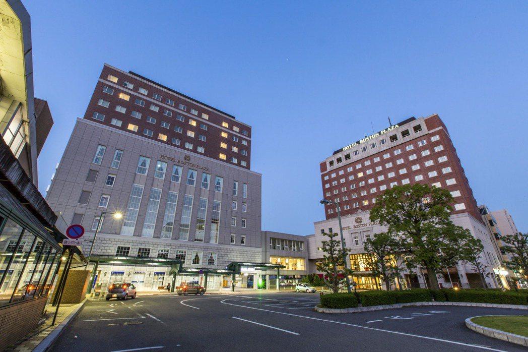 日本衛生官員表示,規劃於明天正式批准使用抗原檢驗試劑組以擴大國內檢測能量,對抗新...