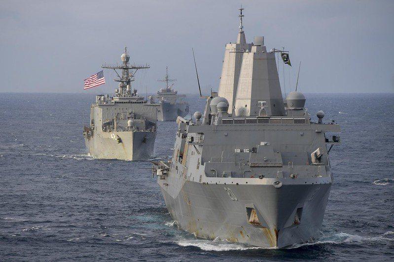 聖安東尼奧級船塢登陸艦(LPD)現正重新評估加裝垂直發射系統的作戰效益。 圖/取...
