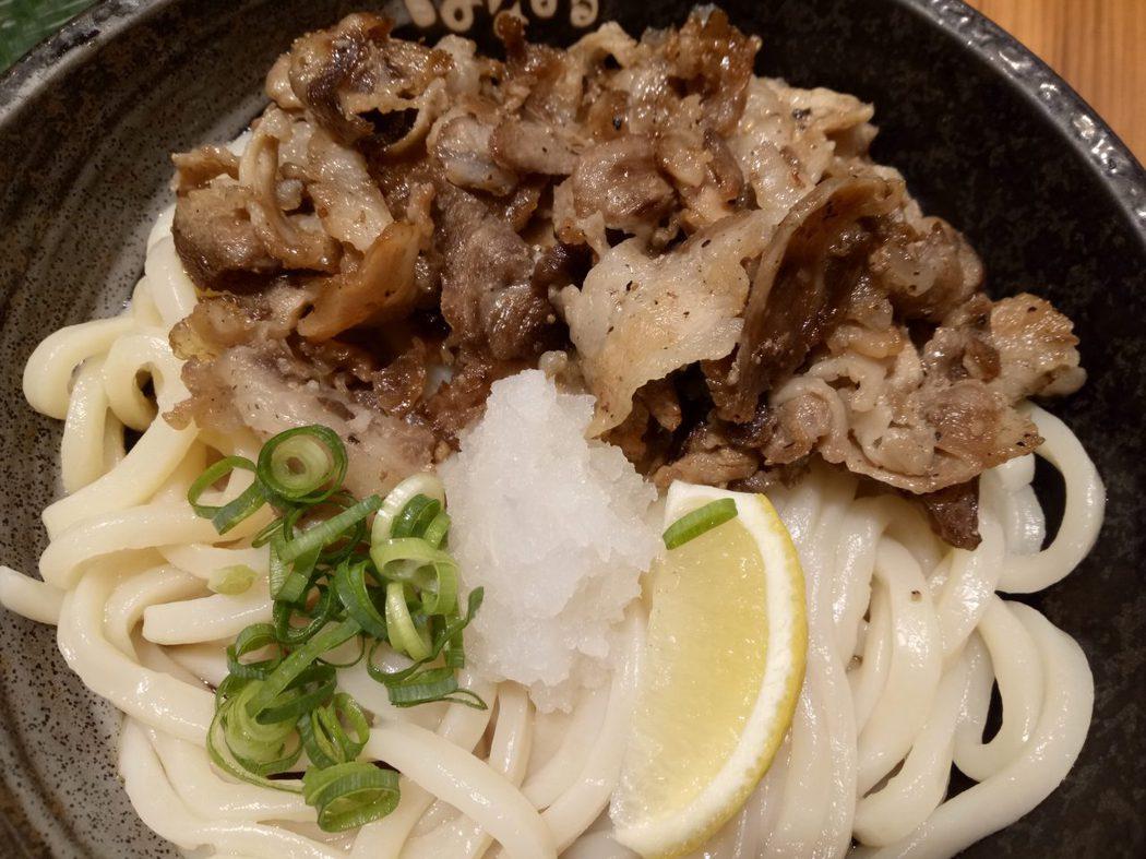 折現而自理的一餐,在日本用膳少有青菜很不習慣。
