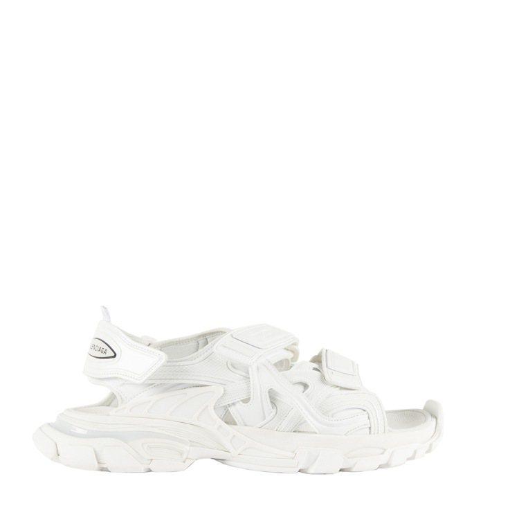 Track涼鞋,21,400元。圖/ BALENCIAGA提供