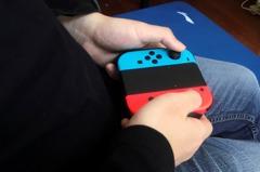 她用毛線自製Switch悠遊卡 「搖桿可移動」網讚嘆:手好巧