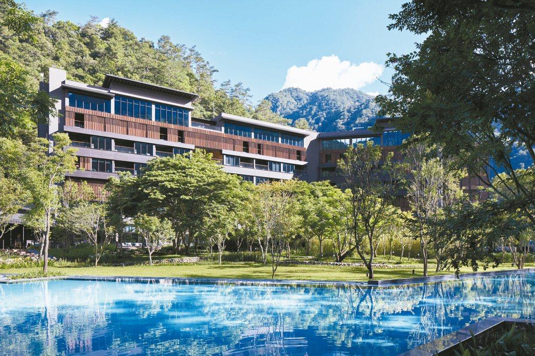 谷關虹夕諾雅溫泉飯店不受疫情影響,5月起更出現一房難求景況。 本報系資料庫