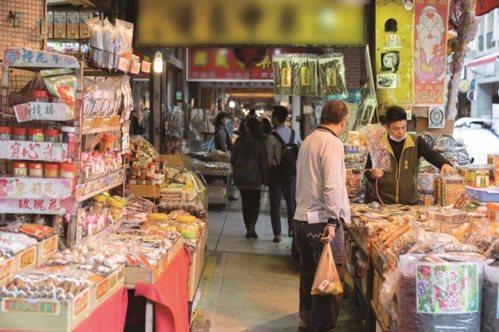 迪化街是台北中藥材集散地。 圖/Liszt Chang、謝佩穎 攝影