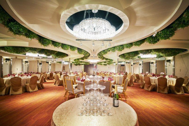 台北凱撒大飯店「凱撒廳」作為婚宴場地,具備低調優雅高質感風格。 業者/提供