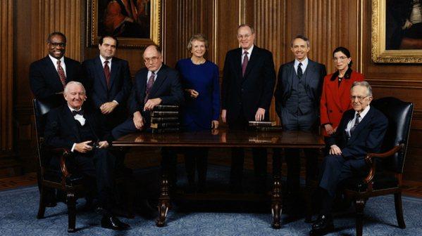 《RBG:不恐龍大法官》聚焦於露絲・拜德・金斯伯格立基於法律專業,60年來的性別...