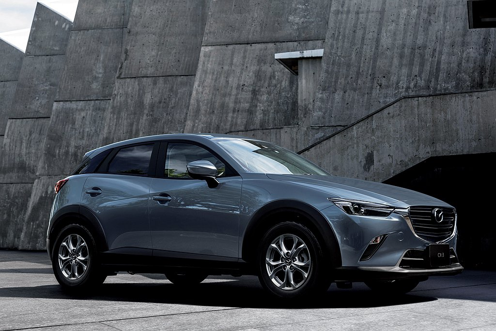 問世5年的Mazda CX-3都會跨界休旅,日規車型再新增動力選項。 圖/Maz...