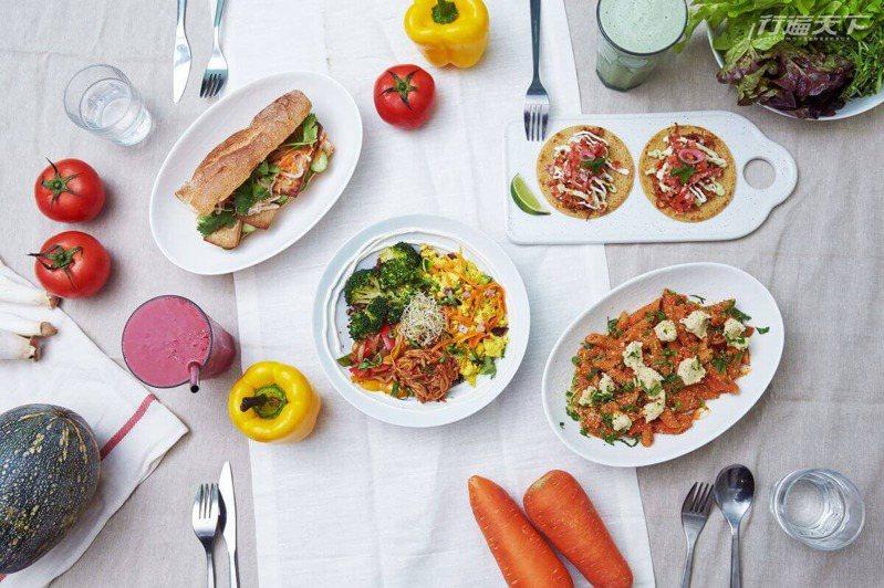 主廚 Mai用色彩與異國風的料理手法顛覆你對蔬食的想像。