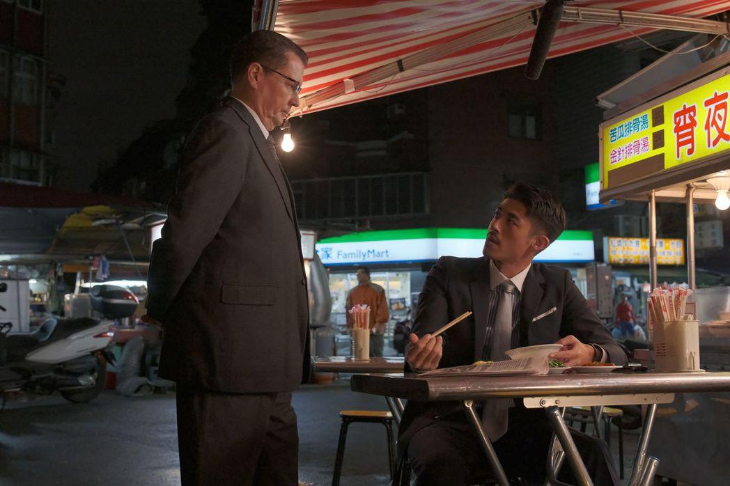 梁正群在戲中飾演日方與高鐵的協調者。圖/公視提供