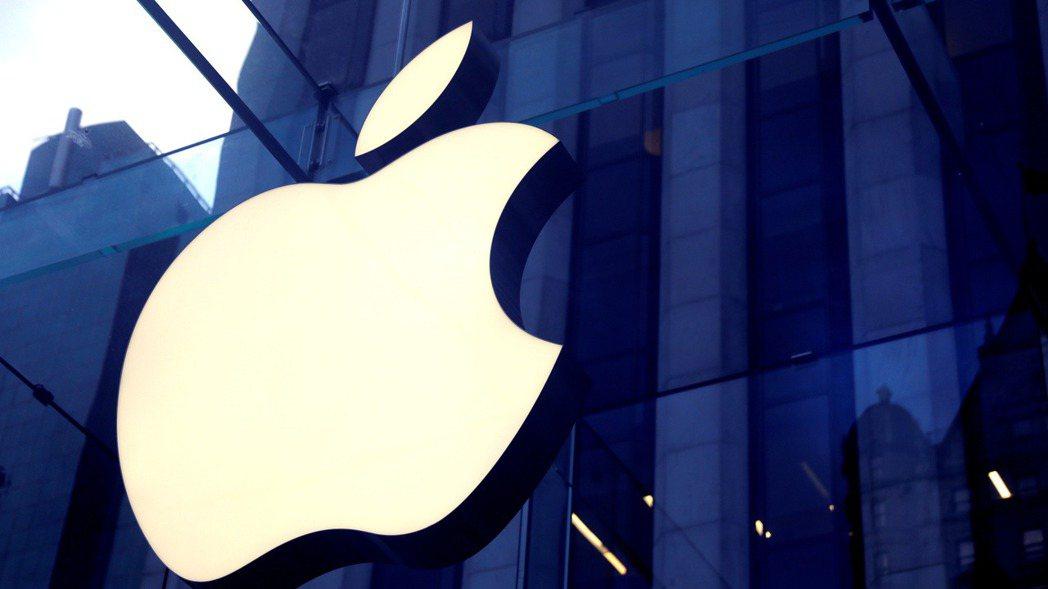 蘋果計畫分階段讓更多員工回辦公室工作。  路透