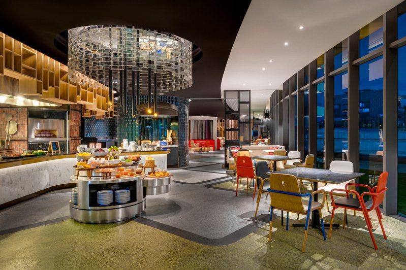 台北大直英迪格酒店T.R Bar  Kitchen。圖/台北大直英迪格提供